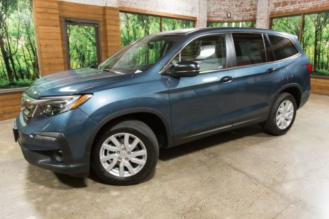 New 2019 Honda Pilot LX 6AT