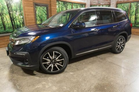New 2019 Honda Pilot Touring 7 Passenger 9AT
