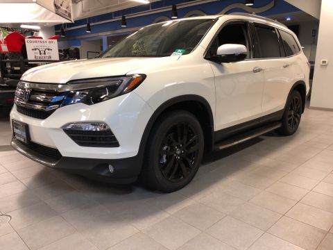 New 2018 Honda Pilot Touring 8 Passenger 9AT